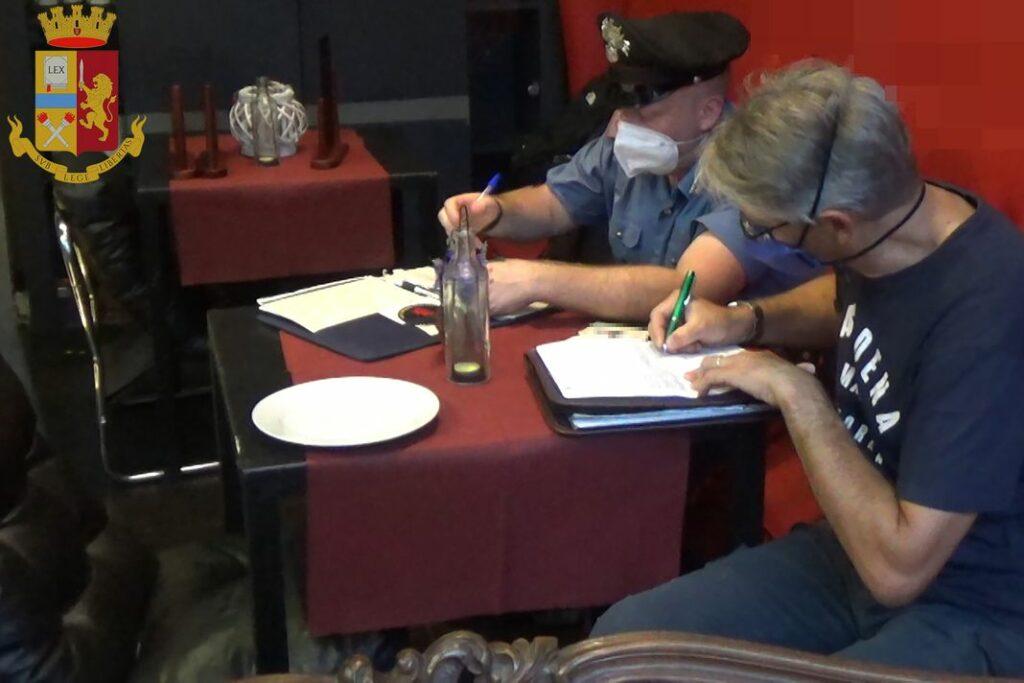 polizia controlli ristorante la Spezia