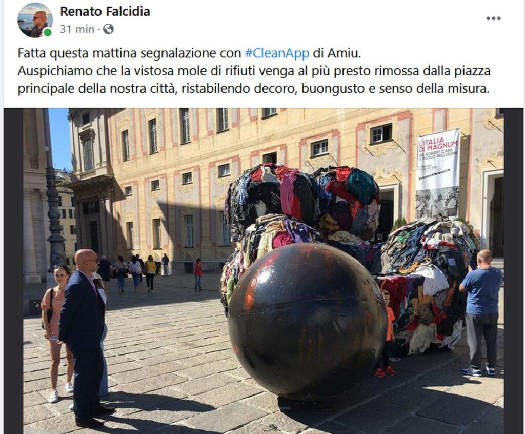 Renato Falcidia post Facebook statua spazzatura